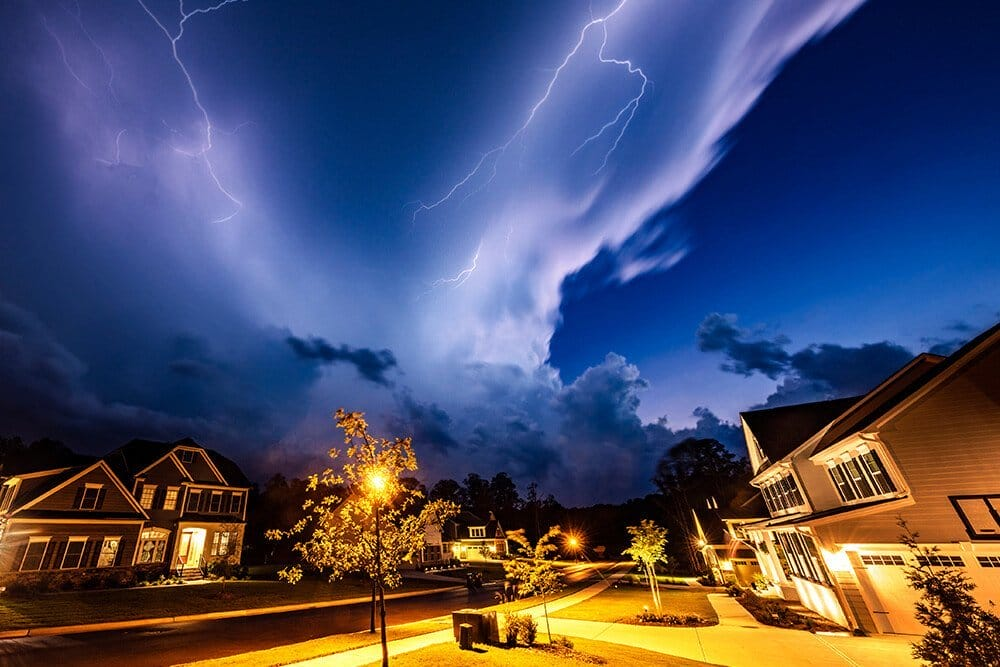 should i turn off my computer during a lightning storm